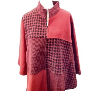 NEW Keren Hart Size S/M Poncho Cape Red Black Wool